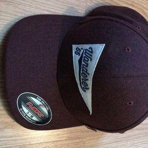 S/M north face flat bill hat
